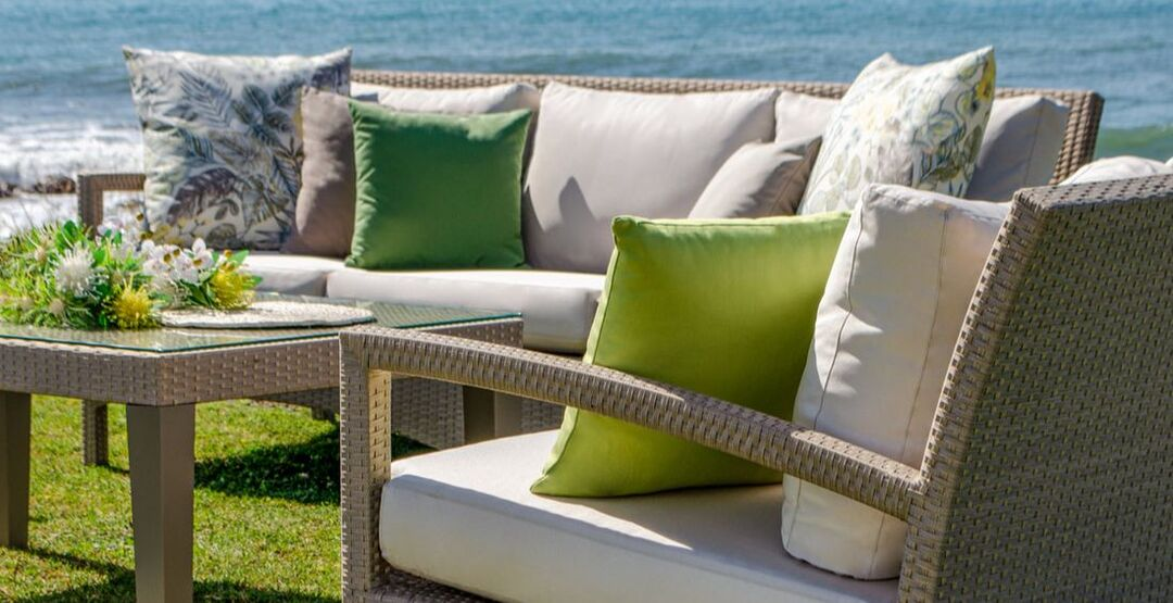 garden set of sofas and armchairs in Marbella